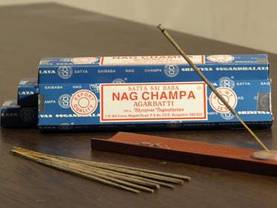 Nag champa suitsukkeet - Suitsukkeet - 8904245400491 - 1
